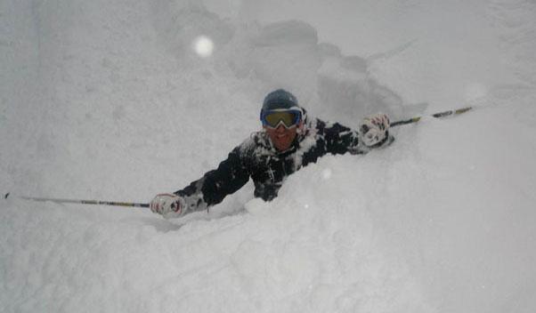 Martin Van Hoek Skimetric Graduate Powder Skiing